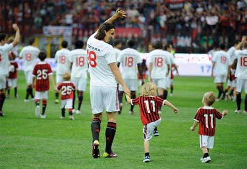 """Tự truyện gây """"sốc"""" của Ibrahimovic (Kỳ 78) - 1"""