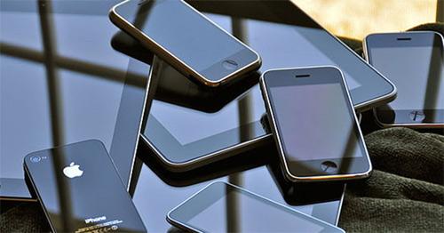 TQ: Cướp điện thoại nhái, đánh rơi iPhone xịn - 1
