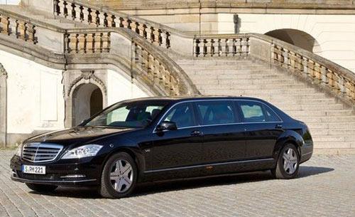 Mercedes-Benz S-Class Pullman lần đầu lộ diện - 1