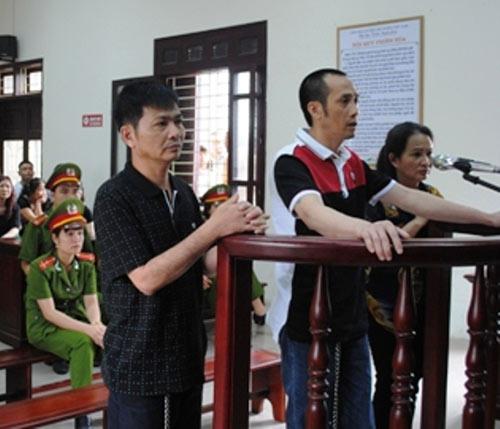 """Hàng trăm cảnh sát bảo vệ phiên xử đại ca Tuấn """"thần đèn"""" - 1"""