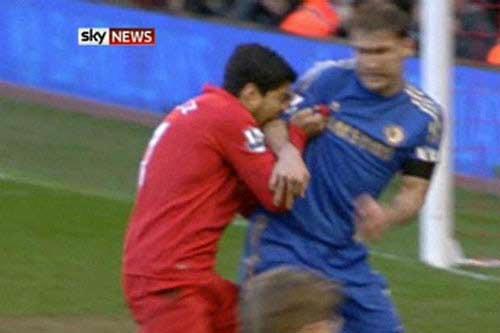 "Suarez như ""Cantona của Liverpool"" - 1"