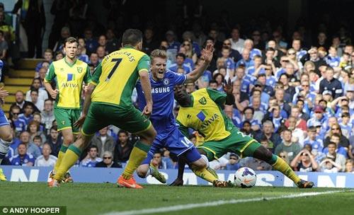 """Chelsea: Điểm yếu lớn nhất của """"Người đặc biệt"""" - 1"""
