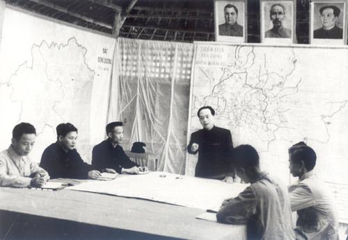 Chỉ huy hậu cần Điện Biên Phủ: Chuyện 60 năm mới kể - 1
