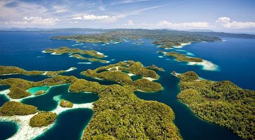 Đẹp say đắm quần đảo Bốn Vua ở Indonesia - 1