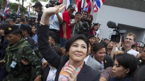 Nhà thẩm phán xử Thủ tướng Yingluck trúng lựu đạn - 1