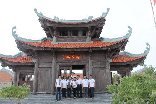 Nguyễn Phi Hùng và kỷ niệm bão táp ở Trường Sa - 1