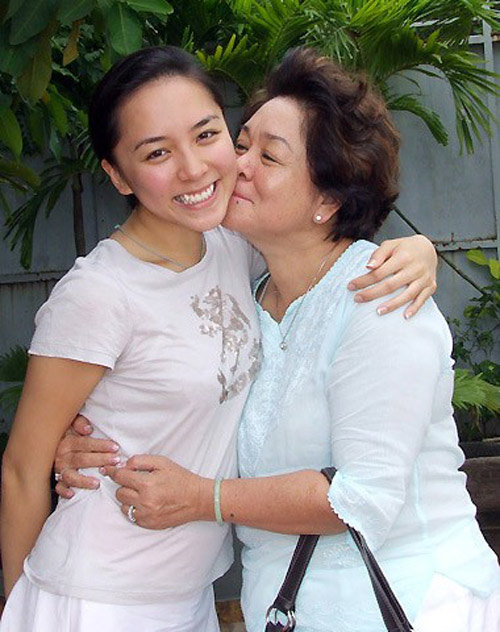 Bất ngờ với nghề nghiệp của cha mẹ sao Việt - 1
