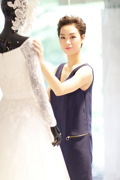Trà My Idol mạnh tay chi 200 triệu cho váy cưới - 1