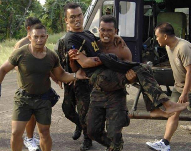 Philippines: Đọ súng đẫm máu, 17 người thiệt mạng - 1