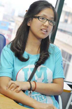 Nữ sinh Việt 4 lần nhận bằng khen tổng thống Mỹ - 1