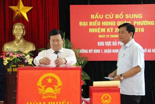 Hai quận mới HN bầu bổ sung đại biểu Hội đồng nhân dân - 1