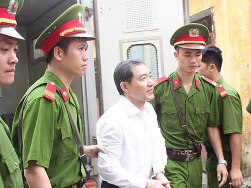 Thôi việc bị án Dương Chí Dũng - 1