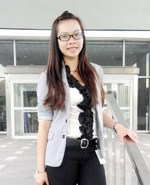 Cô gái Việt có học bổng 6 tỷ, học một lúc 2 trường tại Mỹ - 1