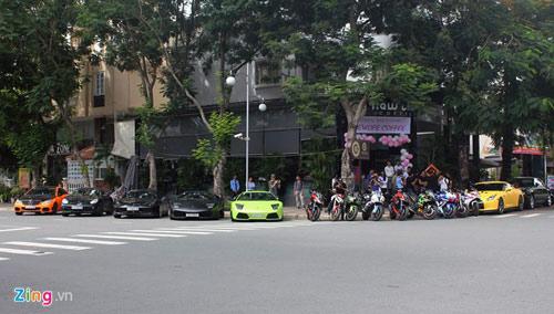 Dàn siêu xe hàng chục tỷ tụ họp tại Sài Gòn - 1