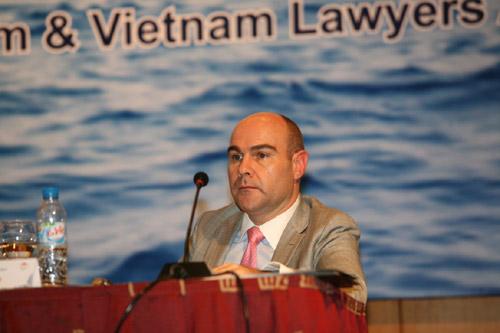 Chuyên gia: TQ đang tạo tiền lệ nguy hiểm ở Biển Đông - 1