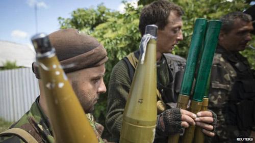 Putin đề nghị rút nghị quyết đưa quân sang Ukraine - 1