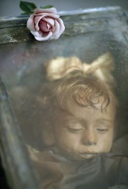 """Khám phá """"người đẹp ngủ trong... hầm mộ"""" - 1"""