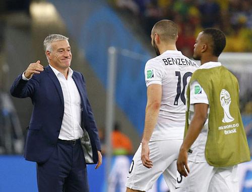 """Pháp – Nigeria: """"Gà trống"""" đấu """"Siêu đại bàng"""" - 1"""