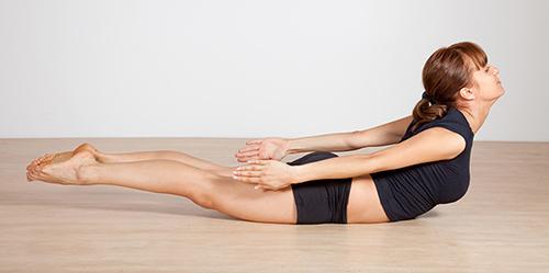 Thân hình thon đẹp mỹ mãn với 5 bài tập yoga - 4