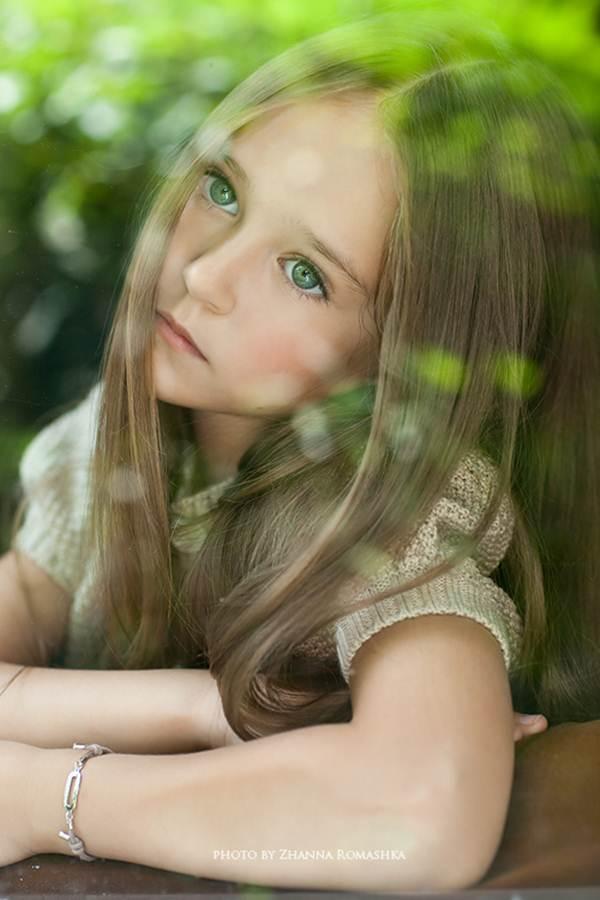 Vẻ đẹp cuốn hút của mẫu nhí 9 tuổi xứ Bạch dương - 1