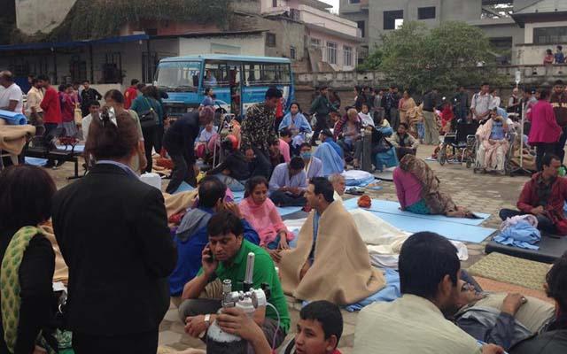 Động đất Nepal: Bệnh nhân không dám nằm trong bệnh viện - 1