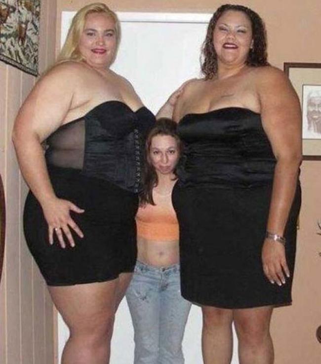 Один с двумя толстушками — img 6