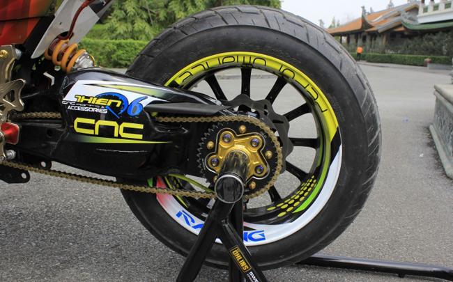 Gắp sau Ducati 1198