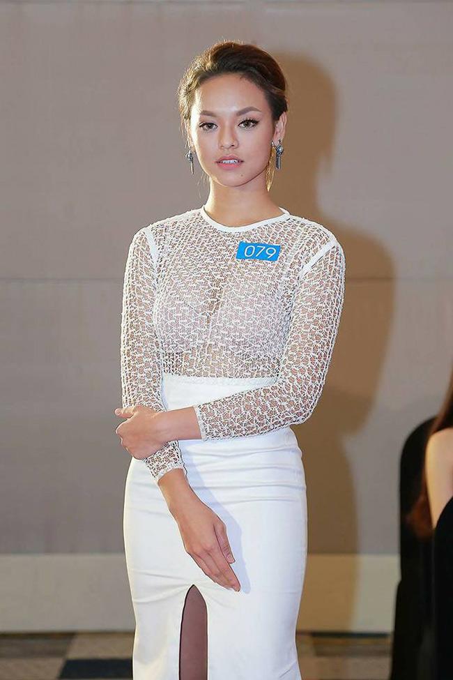 """Mới đây, người mẫu Quỳnh Mai """"siêu vòng 3"""" đã tham dự buổi casting tại khu vực Hà Nội cho cuộc thi Hoa hậu Biển Việt Nam 2016."""