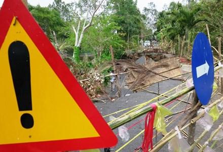 Khô hạn gây sụt đất kinh hoàng ở Cà Mau - 1