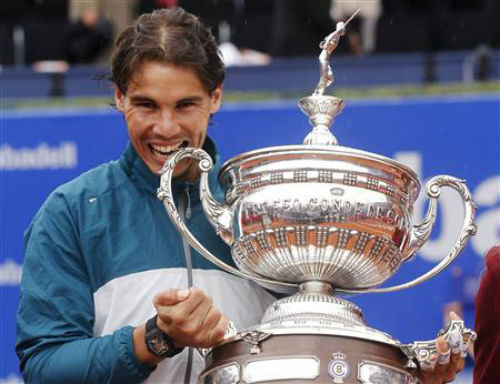 Tennis 24/7: Nadal gặp may ở Barcelona Open - 1