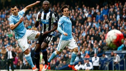 """Newcastle – Man City: """"Hạng Nhất"""" vẫy chào - 1"""