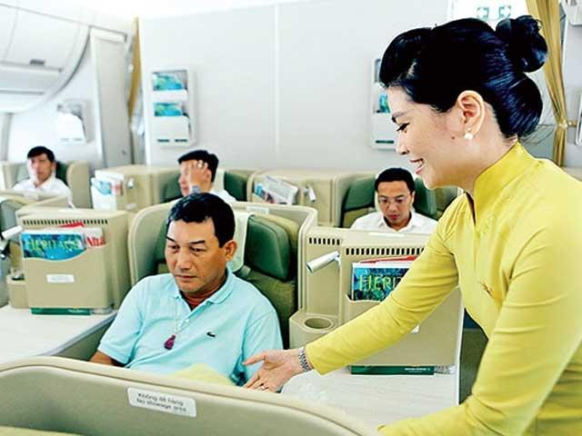 """Nghẹt thở cứu sống hành khách """"sốc phản vệ"""" đi máy bay - 1"""