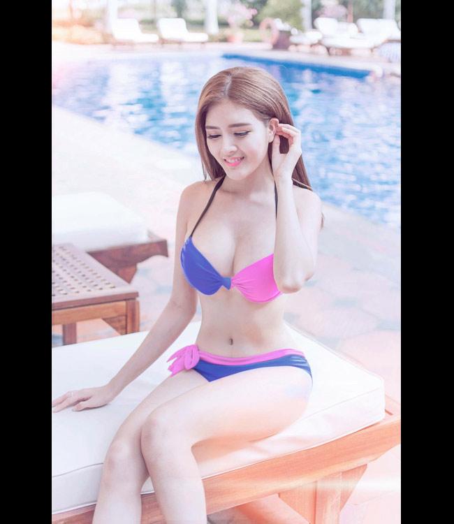 """""""Búp bê Việt"""" giờ đây thường được gọi bằng những cái tên như: """"hot girl vòng 1"""", """"hot girl quảng cáo""""... Cô trung thành với phong cách gợi cảm, sexy."""