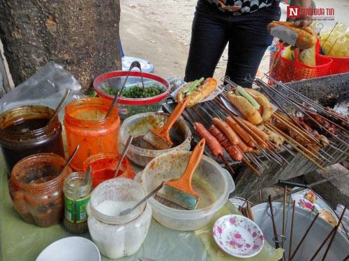 Lên Lạng Sơn nhớ ăn thử bánh mì nướng dầu hào - 1
