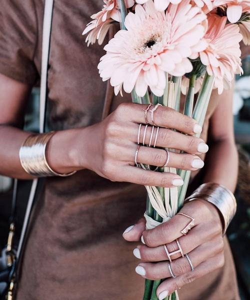 Hot Blogger thời trang - Gu sành điệu nhờ vòng, nhẫn 2016 - 1