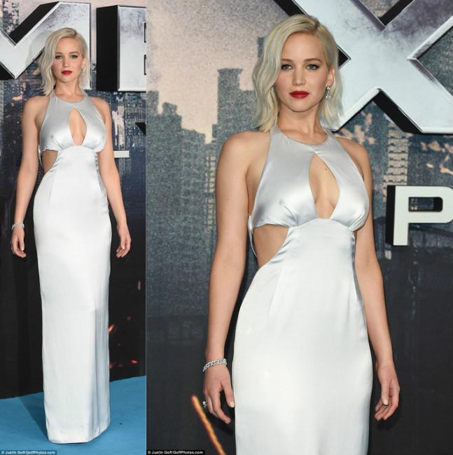 """Jennifer Lawrence lại """"vồ ếch"""" khi diện váy khoét xẻ - 1"""