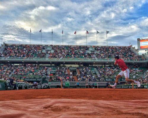 Djokovic - Bedene: Chưa thể an tâm (Vòng 3 Roland Garros) - 1
