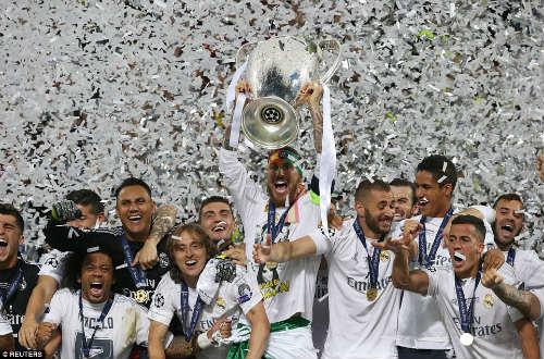Đoạt cúp C1, Zidane & học trò phấn khích cao độ - 1