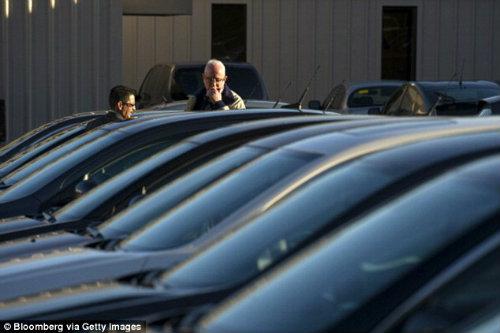 """Cadillac dùng công nghệ thực tế ảo """"câu khách"""" mua xe - 3"""