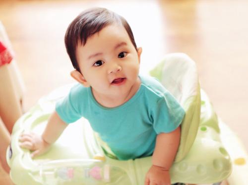 Con trai Khanh Thi - 1
