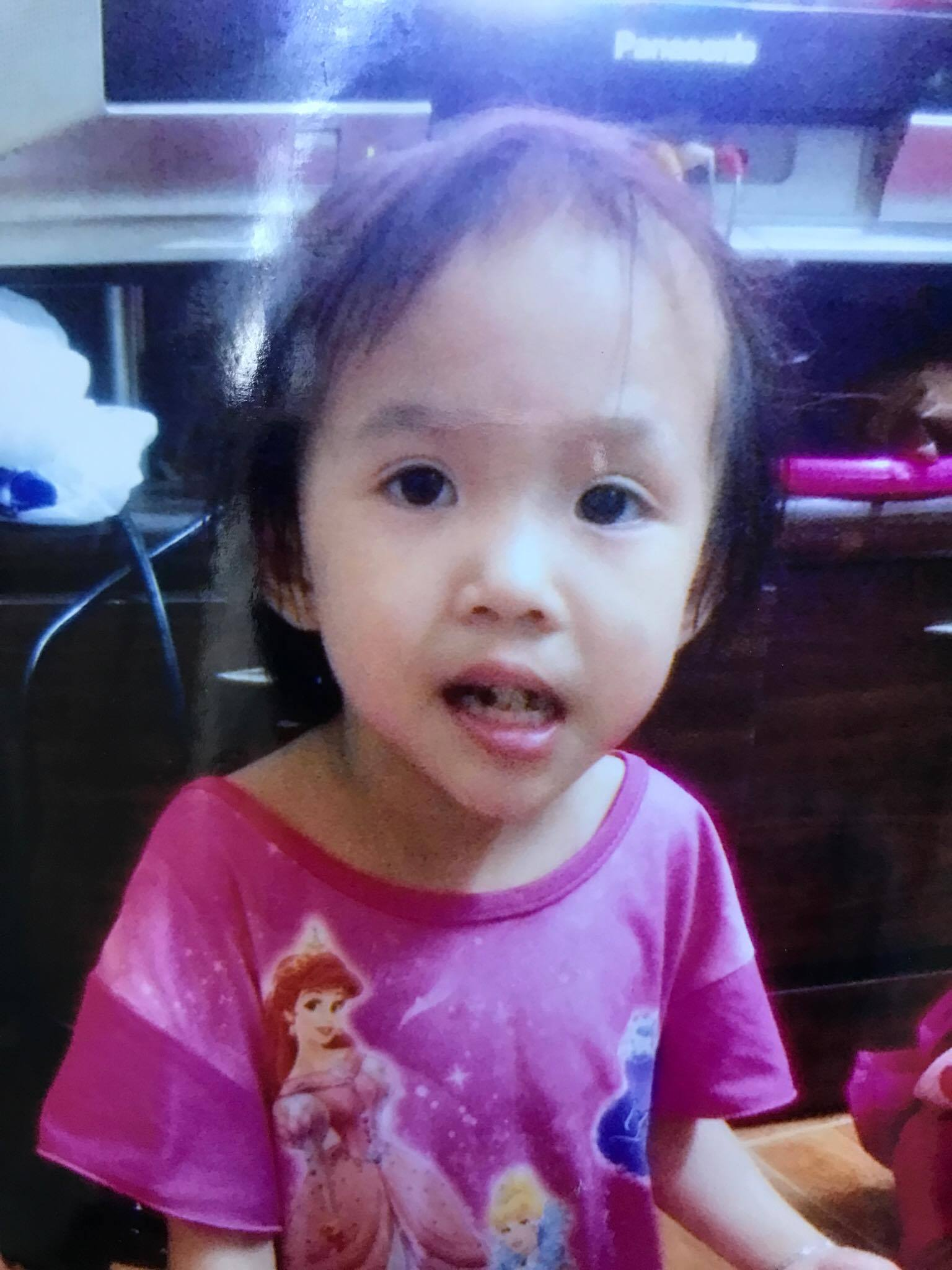 Bé gái 6 tuổi mất tích trong cơn mưa trái mùa lớn nhất Sài Gòn - 1