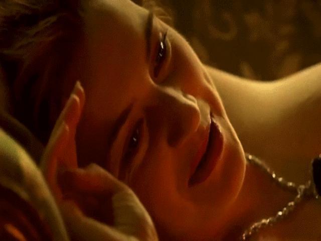 """Cảnh phim """"nóng"""" nhất trong Titanic hút gần 2 tỷ đô"""