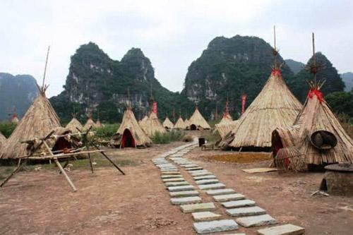 """""""Sờ tận tay"""" làng thổ dân Ninh Bình trong phim """"Kong"""" - 1"""