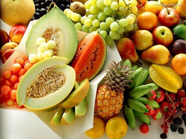 Nhịn cơm, ăn hoa quả sao mãi chẳng giảm cân? - 1