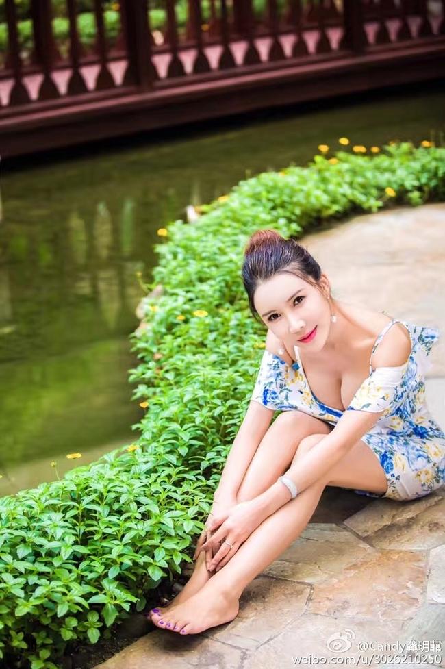Hiện tại, Cung Nguyệt Phi nhận các vai diễn phụ trong các bộ phim không có nhiều tiếng vang và ra MV ca nhạc.