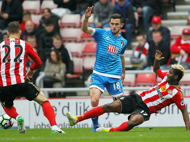 Sunderland - Bournemouth: Lời chia tay cay đắng