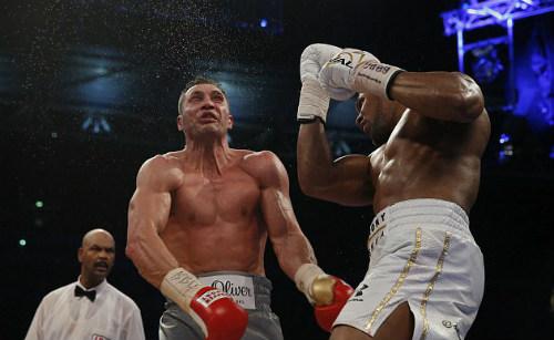 """Vua boxing: """"Độc cô cầu bại"""" gây hấn """"Kẻ hủy diệt"""" - 1"""