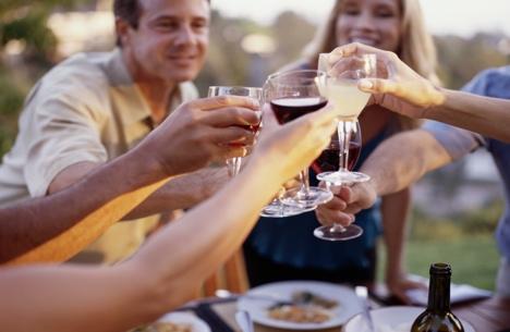 Uống rượu khoa học và nghệ thuật như người Ý - 1