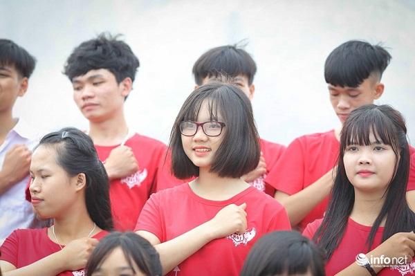 """Bộ ảnh kỷ yếu """"cực nhắng"""" của học sinh Bắc Giang - 1"""