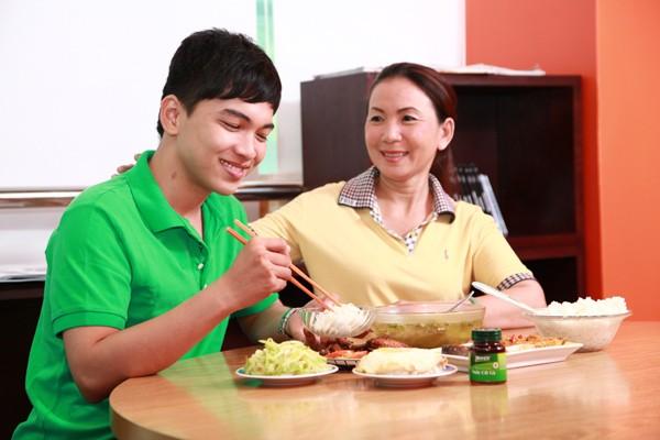 4 điều cha mẹ cần làm để đồng hành cùng con trong mùa thi - 1